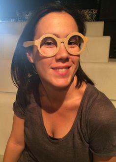 ¿Te atreves a ver el mundo a través de nuestras gafas de cartón? Marta lo ha hecho.