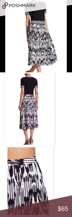 """Black &White Print Pleated Midi Skirt Lands' End Canvas Midi Skirt w/ Black & White Pattern. Side hidden zip closure, pleated, all over print, approximately 31"""" long, lined. Skirt & Lining 100% polyester. NWOT from vendor. Lands' End Canvas Skirts Midi"""
