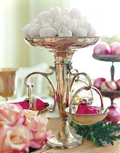 {Interior Design} Pretty, Feminine & Pink Holidays