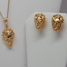 Handsome earrings with clip back and matching pendant representing the zodiac sign Cancer with a witch mask. The earrings and pendant are made in Benevento (Italy) and designed accordingly to the witch legend of the town. Click on the image to learn more about the earrings.