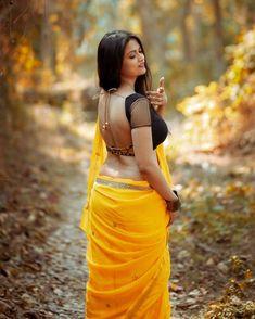 Cute Beauty, Beauty Full Girl, Beauty Women, Beautiful Blonde Girl, Beautiful Women, Stylish Girl Pic, Indian Beauty Saree, Beautiful Saree, India Beauty