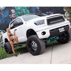 "Toyota Tundra repping the BDS 7"" Lift Kit, 3"" body lift and 37s"