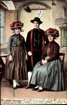 Women of the Black forest wearing Bollenhut.  Schwarzwald,1900s