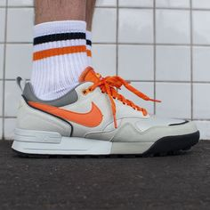 Nike Air Odyssey Envision: Lunar Grey/Orange