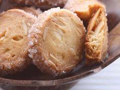 オレンジとアーモンドのクッキーの画像