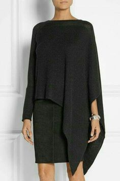 Eye-Catcher Asymmetrical Clothes Hot Trend This Summer 04 Hingucker Asymmetrische Kleidung Hot Trend in diesem Sommer 04 Mode Style, Style Me, Fashion Milan, Fashion Trends, Alpaca Poncho, Asymmetrical Tops, Mode Outfits, Beautiful Outfits, Trending Outfits