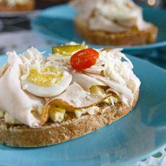 Fitness recepty na Silvestra, oslavu nebo party Granola, Eggs, Fitness, Breakfast, Recipes, Food, Morning Coffee, Essen, Egg