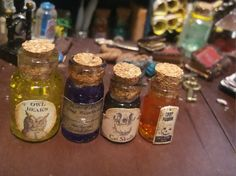 4 jars witch potion for dollhouse por TheDollHouseNym en Etsy