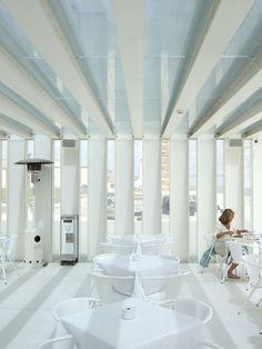 margem lisboa - Google Search Pergola, Bathtub, Portugal, Bathrooms, Google, Fields, Lisbon, Architecture, Standing Bath