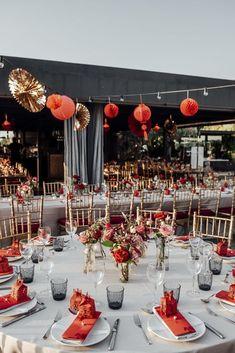 Chinese Wedding Decor, Oriental Wedding, Traditional Chinese Wedding, Wedding Reception Decorations, Wedding Table, Wedding Venues, Destination Wedding, Wedding Parties, Wedding Desserts