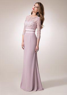 ZEILA DONNA 9285  Vestido de madrina largo en chiffón, con cuerpo y mangas en…