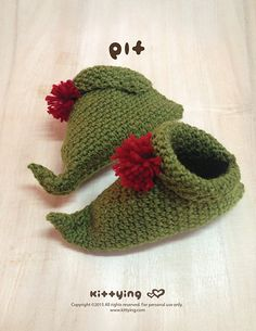 ElfBaby Booties Crochet Patternfor Christmas Winter Holiday Kittying Crochet Pattern by kittying.com from mulu.us  This pattern includes sizes for 0 - 12 months.