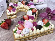 Cream tart cake - Il tormentone del momento   Kikakitchen Cake Recipes, Snack Recipes, Dessert Recipes, Snacks, Cake Cookies, Cupcake Cakes, Cupcakes, Fresh Cake, Number Cakes