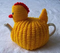 ❥Knit & Crochet Tea Cosies, Mug Hug Snugs and Cuppa Cosies.   Chicken tea cozy