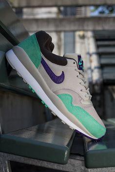 online retailer d0c37 e8b64 Nike Air Safari