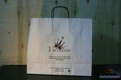 Bolsas con logotipo y asas de cartón
