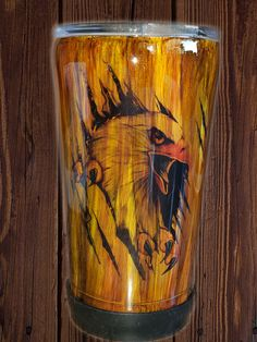 The Eagle has landed! Check out this stainless steel tumbler made with alcohol inks, waterslide and covered with epoxy. by LivingtoCreateByDORA on Etsy Diy Tumblers, Glitter Tumblers, Tumblr Cup, 20 Oz Tumbler, Diy Epoxy, Travel Cup, Eagles, Alcohol Inks, Cups
