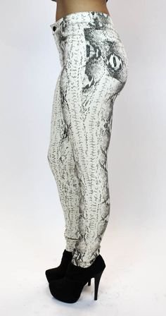 THESE ARE ONE OF MY FALL FAVS!! Printed Skinnies are a must! Snake Print Pants | Flying Tomato, $49.00 (http://vampedboutique.com/snake-print-pants-flying-tomato/)