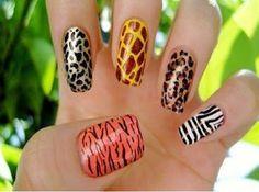 Animal print nail art