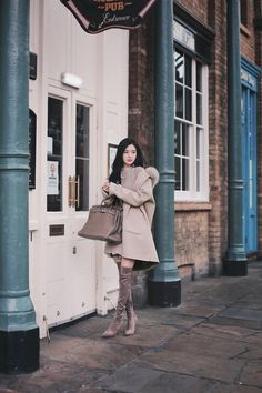 daily 2018 feminine & classy look F/W season Blazer Outfits For Women, Winter Dress Outfits, Casual Dress Outfits, Chill Outfits, Korean Fashion Winter, Korean Fashion Trends, Japan Outfits, Cold Weather Fashion, How To Look Classy