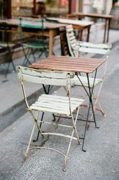 A Parisienne cafe   Photography by White Loft Studio