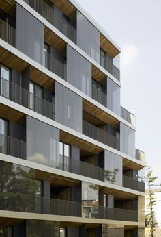 Conversion of a Building / Antonio Citterio Patricia Viel and Partners
