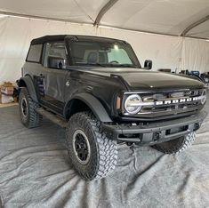 New Bronco, Ford Bronco, Ford Super Duty, Car Goals, Old Fords, Hummer, Dream Garage, Ford Trucks, Broncos