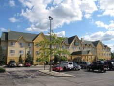 La Quinta Inn Suites Bolingbrook Promises A Relaxing And Wonderful Visit Both Business Travelers Tourists Can Enjoy The Hotel S Facilities