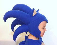 Sonic The Hedgehog inspired boys costume Costume Sonic, Sonic The Hedgehog Costume, Bam Bam Costume, Sonic Hedgehog, Costume Hats, Boy Costumes, Sonic Kostüm, Halloween Crafts, Halloween Costumes