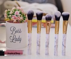 Want to learn the best way to clean your makeup brushes (in less than 3 minutes)? Click our link in bio to learn our latest Makeup Kit, Makeup Brushes, Summer Makeup, Long Weekend, Boss Lady, Makeup Yourself, Beauty Hacks, Blush, Good Things