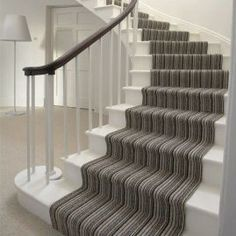 37 Amazing Stairs Design Picture you Must See » Engineering Basic Stairway Carpet, Hall Carpet, Carpet Stairs, Staircase Runner, Curved Staircase, Staircase Design, Stair Runners, Staircase Ideas, Edwardian Staircase