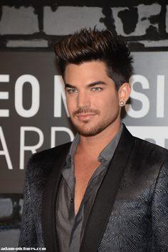 Adam Lambert on the red carpet lookin FINE!