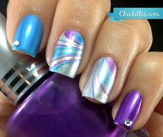 Totally digging the idea of only water marbling two nails. Less time consuming, unique, and looks awesome. But what about the thumb...to marble or not to marble hmm