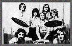 V sobotu 2. dubna od 20 hodin se v sále Lidového domu Blovice uskuteční vzpomínkový taneční večer, nazvaný 44 LET SEJFU. Právě v tomto sále měla 8. dubna 1972  svoji premiéru tehdy začínající rocková skupina SEJF, která se brzy stala jednou z nejoblíbenějších hudeb v tehdejším Západočeském kraji.