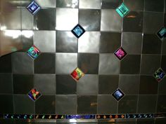 Decorative glass mosaic liner bar or border tiles to accent kitchen backsplash swimming pool designing and more Custom sizes available Listing is for one x long mosaic border glass tile Glass Backsplash Kitchen, Mosaic Backsplash, Glass Mosaic Tiles, Backsplash Ideas, Stone Backsplash, Glass Kitchen, Tile Accent Wall, Border Tiles, Aqua Glass