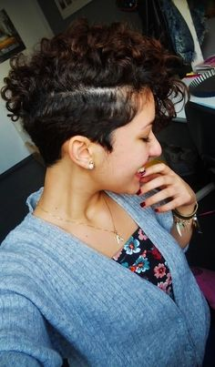 African American Curly Mohawk Hairstyle | mohawk hairstyles for women