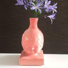 http://myshop.s3-external-3.amazonaws.com/shop2606100.pictures.bloemenmeisje_roze.jpg