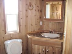 Go rustic with the cabin-style Lil' Lodge model