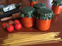 Házi paradicsomszósz készítése, pizzához, spagettihez, gnocchihoz, Olaszos, fűszeres, ízletes. Recept fázisfokkal, Kocsis… Gnocchi, Ketchup, Planter Pots, Pizza, Mint