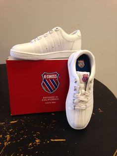 d40e4626b K-Swiss Classic Leather Tennis Shoe White Kids Multiple Sizes in Zapatos  para niños