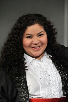 Picture: Raini Rodriguez in 'Austin & Ally.' Pic is in a photo gallery for 'Austin & Ally' featuring 15 pictures. Disney Channel Shows, Disney Shows, Pastel Background Wallpapers, Raini Rodriguez, Amazing Songs, Austin And Ally, Ross Lynch, Celebs, Celebrities
