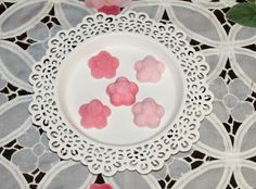 Tutorial on how to make pink blossom sugar cubes for tea party