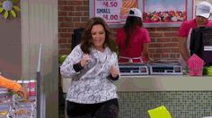 dancing melissa mccarthy working out mikeandmolly mollyflynn trending #GIF on #Giphy via #IFTTT http://gph.is/2bvW9Xj