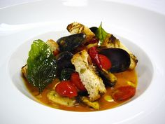 Fiji has an abundance of fresh mussels and our executive chef has featured them in this delightful creation!