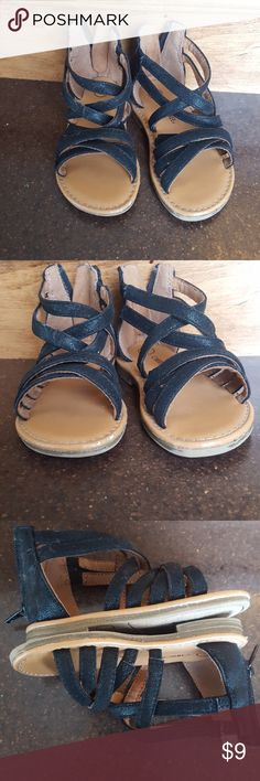 Toddler girls size 7 sandals This pair of black zip back sandals pairs well with almost anything in your divas closet. GUC  Comes from a smoke free home. Make me an offer! Cherokee Shoes Sandals & Flip Flops