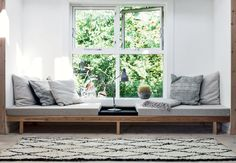 Furniture:Swedish Home Design Feat Window Seat With Reading Sofa Bed And Pillows What's Best Reading Sofa Bed To Enhance Your Reading Time Diy Daybed, Diy Sofa, Wooden Daybed, Daybed Couch, Daybed Ideas, Sofa Bench, Bench Seat, Chaise Longue Diy, Window Benches