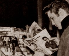 Elvis arrival in New-York in january 5 1957.