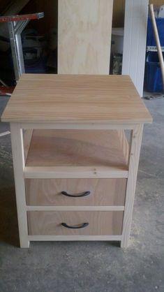 DIY Furniture Plans & Tutorials : 10 Creative DIY Nightstand Projects Lots of Ideas & Tutorials! Diy Wood Projects, Furniture Projects, Furniture Plans, Home Projects, Wood Crafts, Home Furniture, Furniture Stores, Furniture Making, Office Furniture