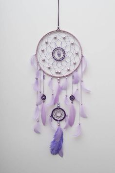 Purple Dream Catcher, Dream Catcher Decor, Dream Catcher Boho, Dream Catchers, Diy Dream Catcher For Kids, Dream Catcher Patterns, Wedding Wall Decorations, Diy And Crafts, Weaving