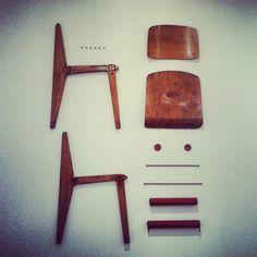 Photo by diegomiciu: #gioiadarte Kit per costruite una sedia, non è Ikea, è Jean Prouvé